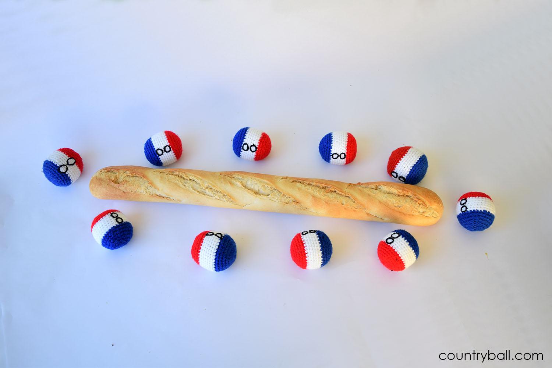 Franceballs enjoying a Baguette