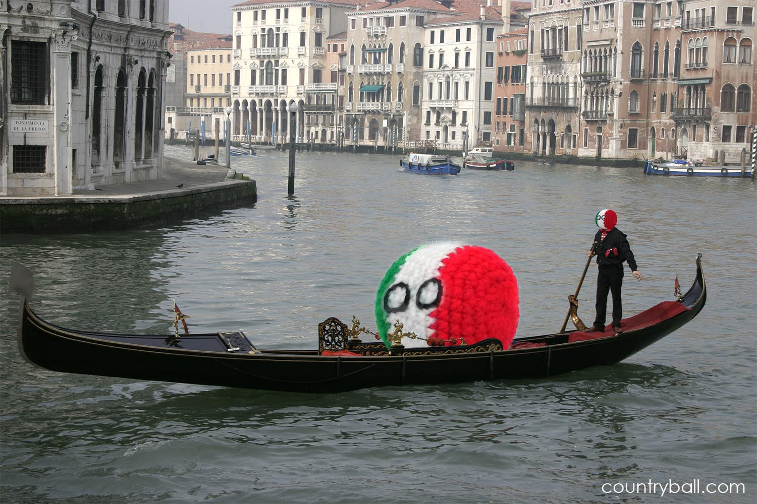 Italyball enjoying a Gondola Ride