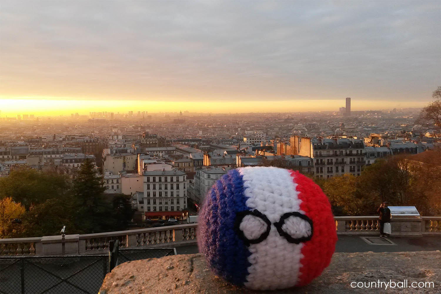 Franceball with a view on Paris