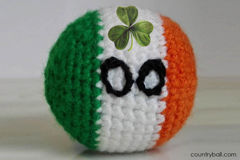 Irelandball with Shamrock